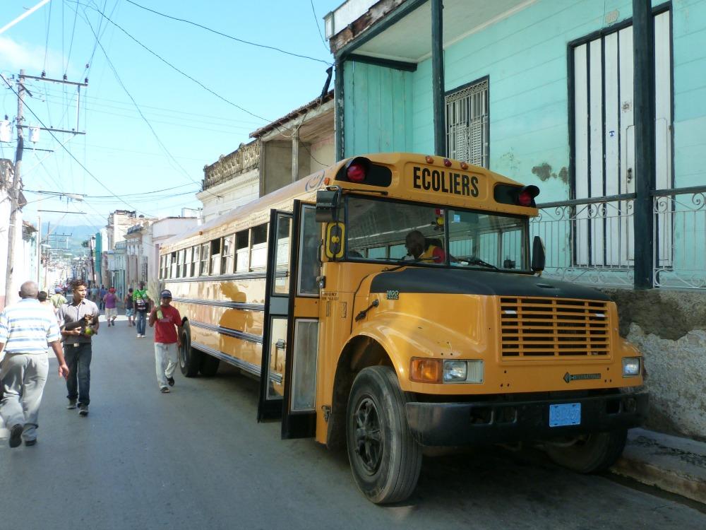 blog-cuba-santiago-schoolbus