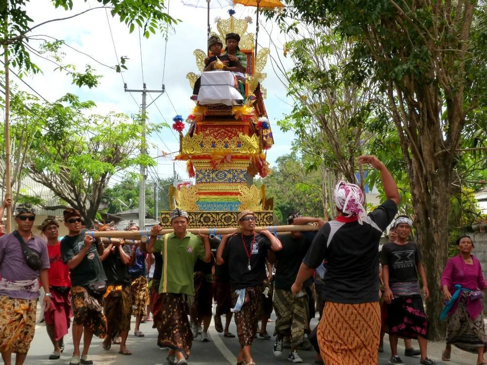 bali-twee-weken-tips-ceremonie