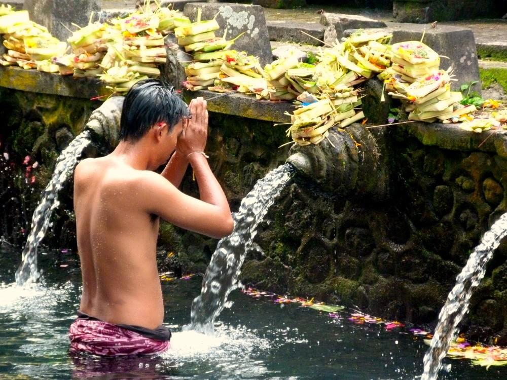 ubud-bali-tips-watertempel-min