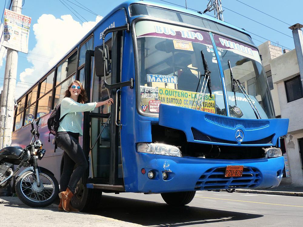 quito-ecuador-lokale-bus-instappen