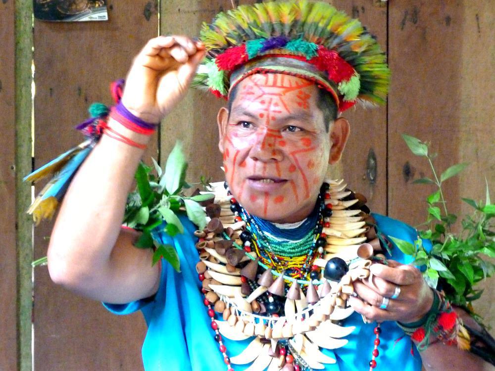 ecuador-cuyabeno-siona-shaman