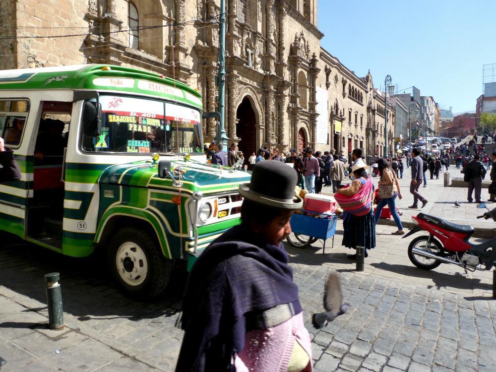 bolivia-la-paz-plaza-francisco