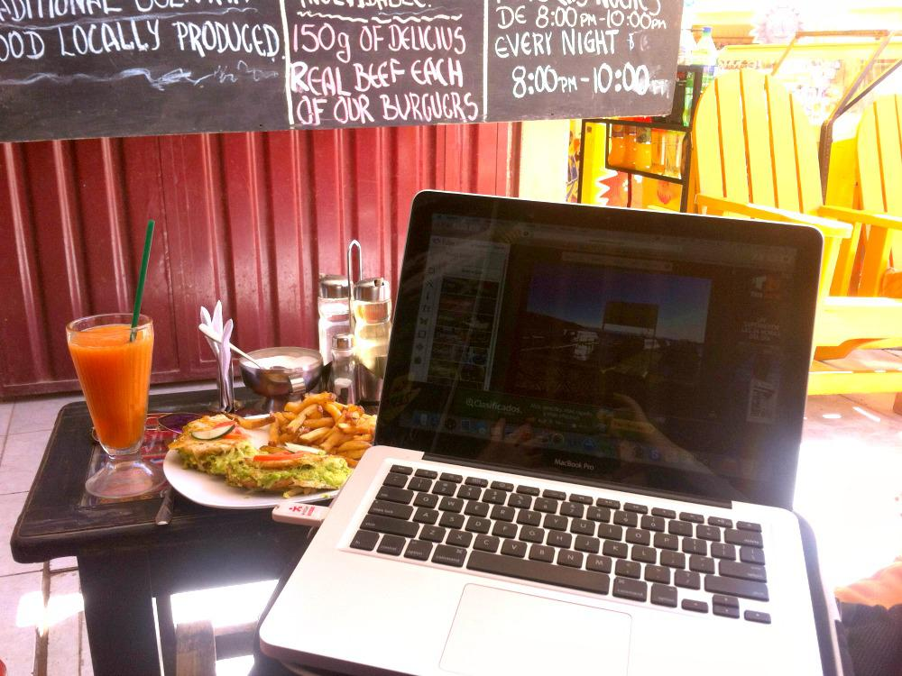 Zo ziet mijn mobiele kantoor in Lake Titicaca er dus uit...