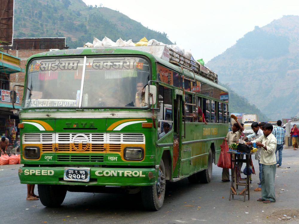 nepal-budget-bus-openbaar-vervoer