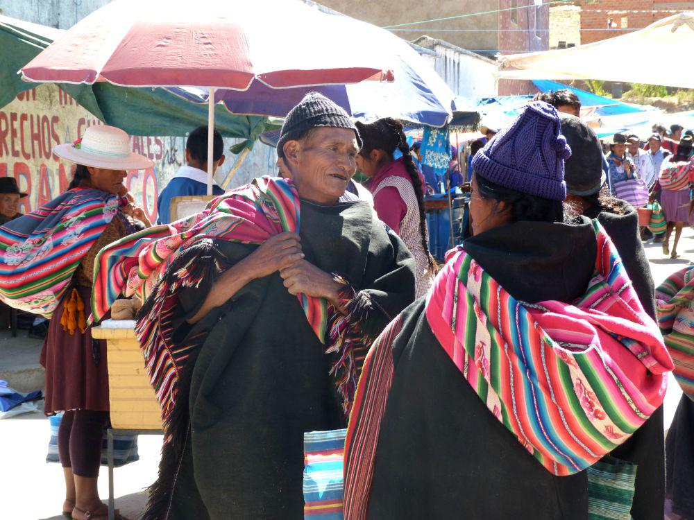 10x doen in Sucre, Bolivia - de zondagmarkt in Tarabuco