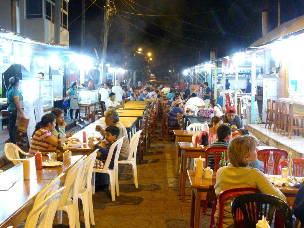 galapagos-santa-cruz-streetfood-markt-goedkoop