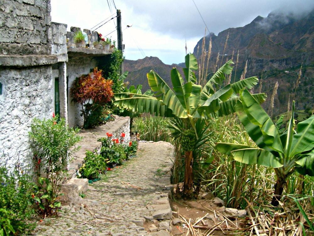kaapverdie-santo-antao-hiken-huisje-onderweg