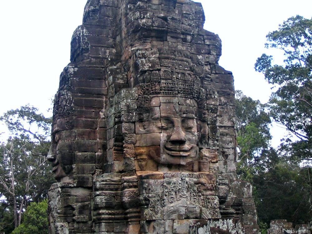 angkor-thom-bayon-hoofden-cambodja