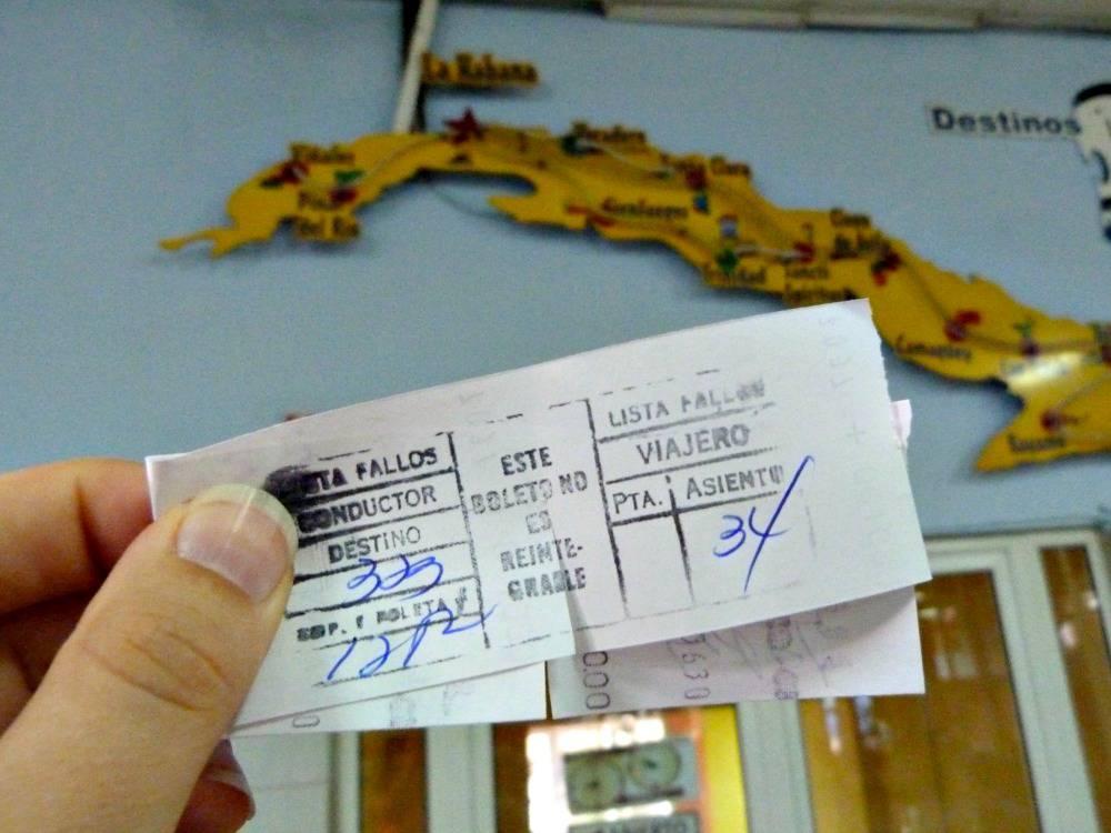 buskaartje-openbaar-vervoer-cuba-reis