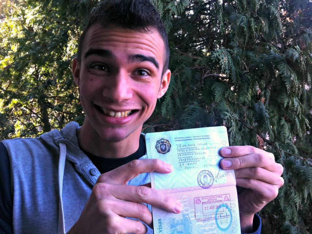 Blij met het Servische visum!