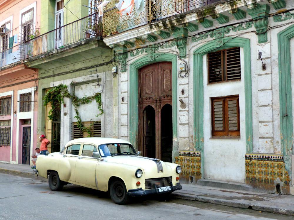 cuba-havana-straatbeeld-oldtimer