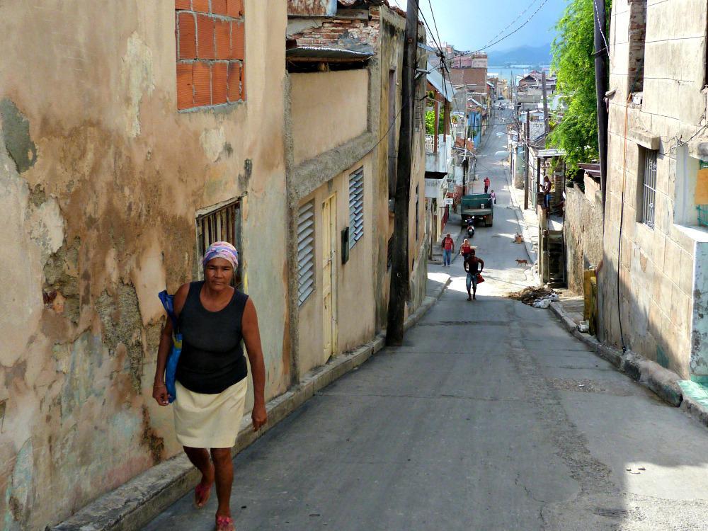santiago-de-cuba-steegje