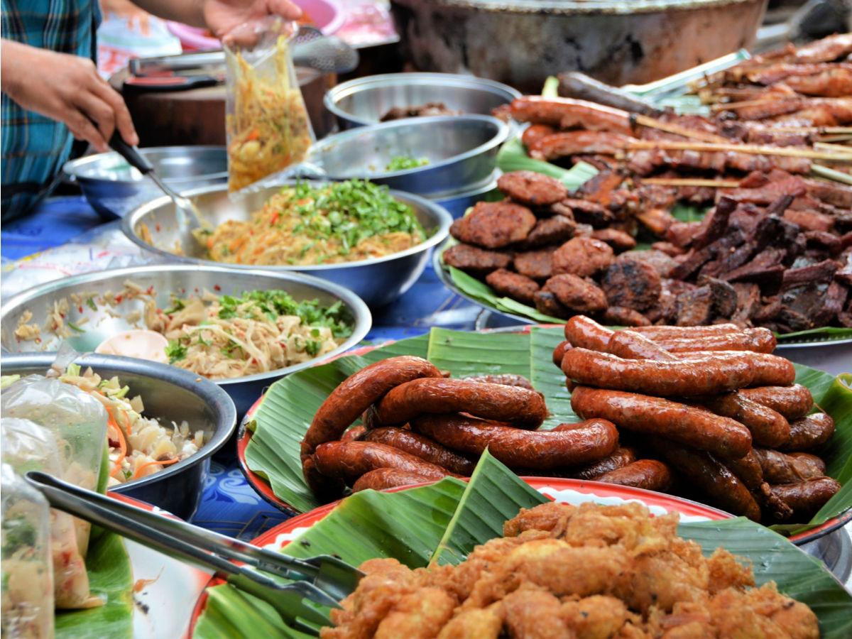 Doen in Luang Prabang, Laos - street food