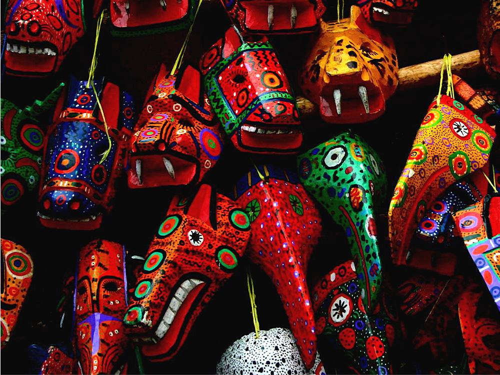 guatemala chichicastenango maskers